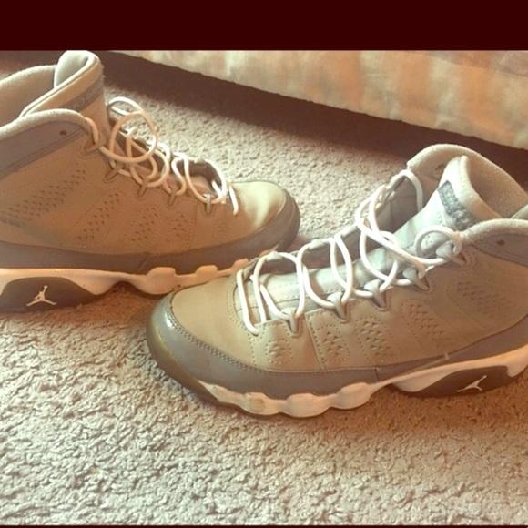 555207e4dc76 Jordan Shoes - Air Jordan cool grey 9 s 😍